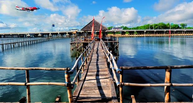 Kampung Kepiting di Ekowisata Mangrove Wanasari, tempat budidaya kepiting dan wisata kuliner (foto : ekowisatabali.com)