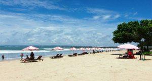 Pantai Kuta, tempat wisata pantai eksotik di Bali untuk menikmati sunset (Foto : bestplacetotravels.com)