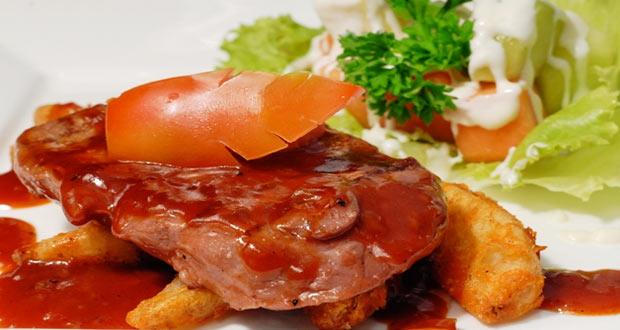 Ilustrasi Tenderloin Steak, salah satu menu di tempat wisata kuliner Kampung Daun Bandung (foto : kampungdaun.co.id)