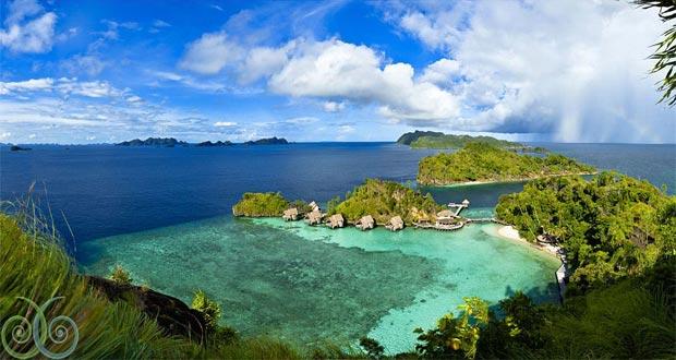 Landscape panorama Missol Eco Resort, Raja Ampat Papua, salah satu tempat honeymoon di Indonesia yang romantis (foto : misoolecoresort.com)