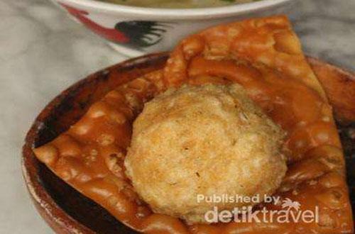 Ilustrasi pangsit goreng Toko You yang enak, renyah dan gurih (foto : detikTravel)