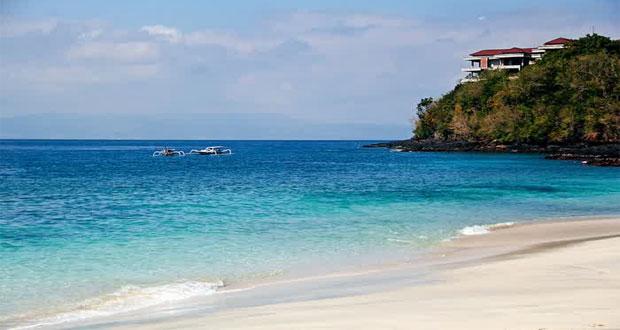 Pantai Bias Tugal, tempat wisata pantai di Bali yang cantik tersembunyi (foto : renunganharian-cahaya-bangsa.blogspot.com)