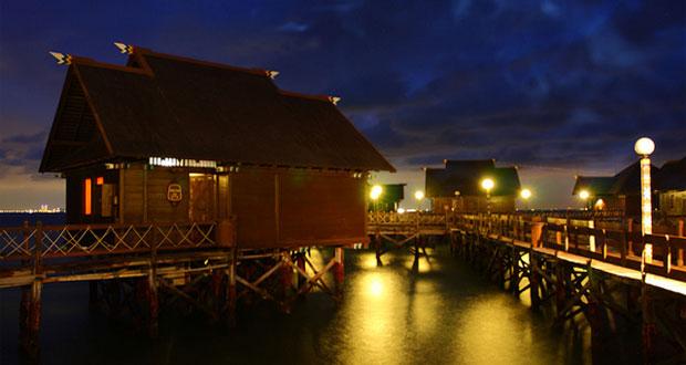 Ilustrasi floating cottage di Pulau Ayer, tempat bulan madu romantis di Kepulauan Seribu (foto : flickr.com)