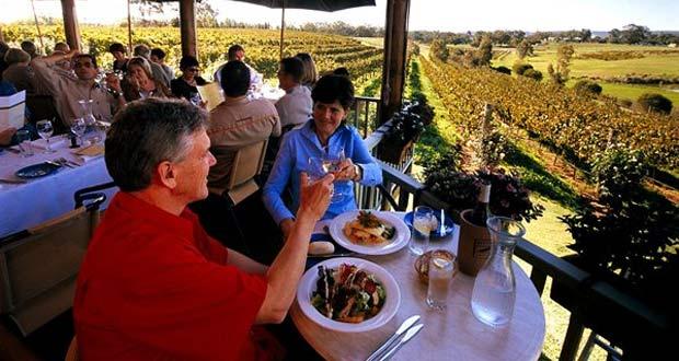 Tempat Wisata Swan Valley Di Perth (foto : www.experienceperth.com)