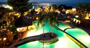 Ilustrasi tempat honeymoon romantis di Vila Ombak Gili Trawangan Lombok (foto : booking.com)