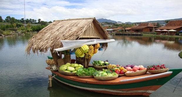 Ilustrasi Tempat Wisata Floating Market Lembang Di Bandung Yang Seru Dan Asyik (foto : detikTravel)