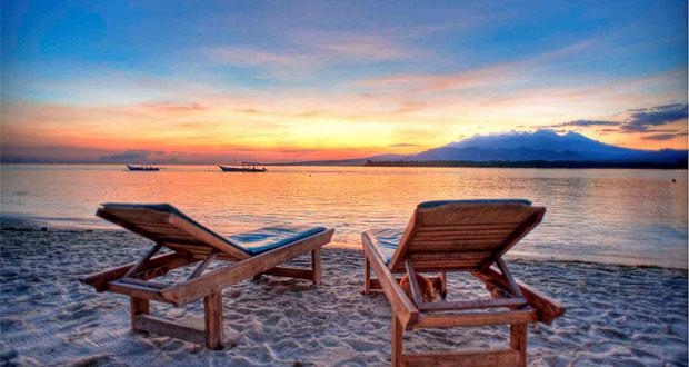 Ilustrasi sunset di Gili Air Lombok, salah satu tempat wisata di Indonesia yang romantis (foto : 7seas-international.com)