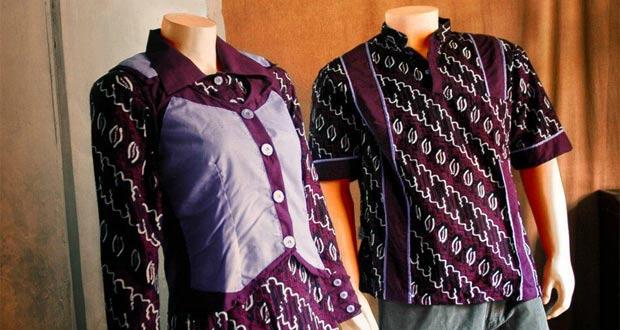 Batik adalah salah satu oleh oleh khas Jogja yang paling terkenal (Foto : jaketbatikjogja.blogspot.com)