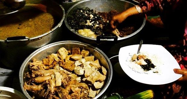 Gudeg Cukupan Batas Kota adalah salah satu gudeg Jogja paling enak dan terkenal (Foto : websta.me)