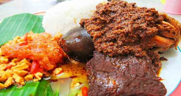 Gudeg Manggar Manding adalah salah satu tempat wisata kuliner di Jogja yang wajib dikunjungi (Foto : enjoyjogja.com)