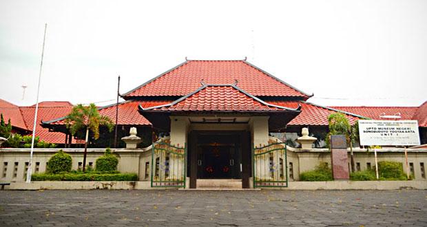 Museum Sonobudoyo adalah salah satu tempat wisata di Jogja dekat Malioboro (Foto : sonobudoyo.com)