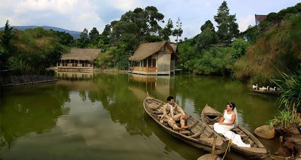 Sapu Lidi adalah salah satu tempat wisata di Lembang khusus kuliner dan penginapan yang paling populer (Foto : flickr.com)
