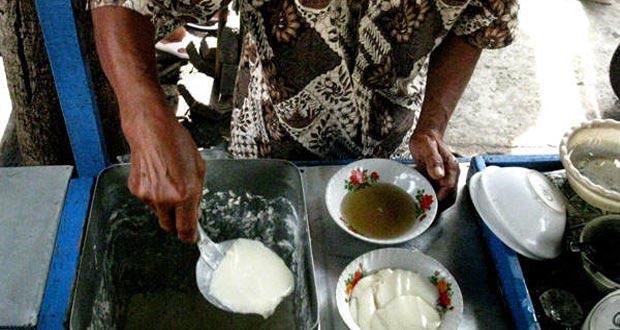 Tahok Pak Citro di Pasar Gede adalah salah satu tempat wisata kuliner di Solo yang enak, murah, dan wajib dikunjungi (Foto : kuliner.panduanwisata.id)