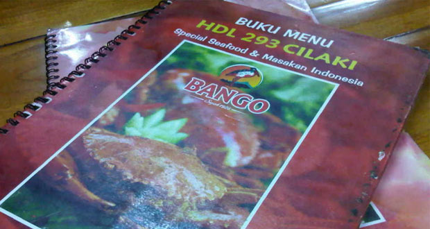 HDL 293 adalah salah satu tempat makan enak di Bandung untuk buka puasa yang pas buat Anda penggemar seafood atau makanan laut (Foto : espresso-me.blogspot.com)