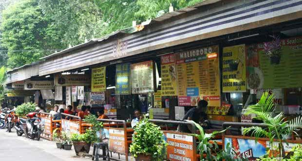Lapangan Blok S Jakarta Selatan adalah salah satu tempat makan enak di Jakarta untuk buka puasa favorit di Jakarta Selatan (Foto : gedoor.com)