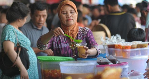 Pasar Bendungan Hilir adalah salah satu tempat makan enak di Jakarta untuk buka puasa (Foto : merdeka.com)