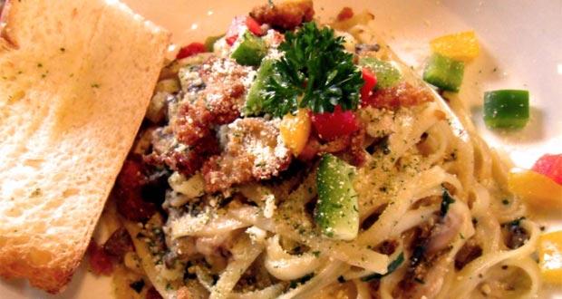Pomodoro adalah salah satu tempat makan enak di Bandung untuk buka puasa yang menyajikan menu khas italia (Foto : gastronomy-aficionado.com)