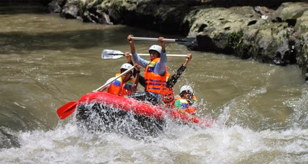 Rafting di Sungai Bango adalah salah satu tempat wisata di Malang dan Batu untuk long weekend (Foto : plus.google.com)