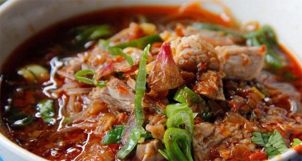 Soto Daging Rahayu adalah salah satu tempat makan enak di Malang untuk buka puasa (Foto : khanzaozalea95.blogspot.com)