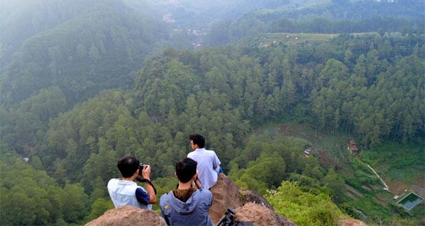 Tebing-Keraton-Bandung