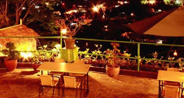 The Valley adalah salah satu tempat makan enak di Bandung untuk buka puasa (Foto : vacationbaliindonesia.com)