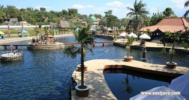 Wendit Water Park adalah salah satu tempat wisata di Malang dan sekitarnya khusus pemandian (Foto : eastjava.com)