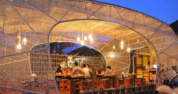 Tempat nongkrong di Bandung Hummingbird Eatery (Foto : pinterest.com)