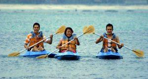 Kano Kalianda Nirwana Resort di Pantai Merak Belantung, salah satu pantai di Lampung yang indah, asyik dan menarik untuk dikunjungi dalam rangka mengisi libur lebaran (Foto : free-stock-illustration.com)