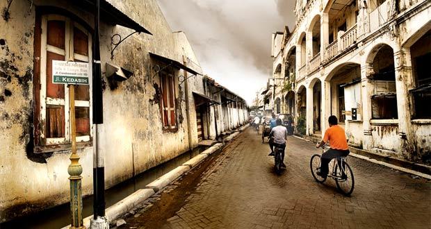 Kota Lama adalah salah satu tempat wisata di Semarang yang asyik dan menarik untuk mengisi libur lebaran (Foto : deviantart.com)