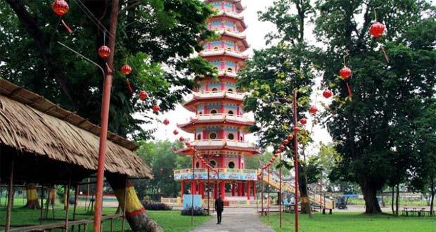 Pulau Kemaro adalah salah satu tempat wisata di Palembang yang asyik dan menarik untuk mengisi libur lebaran (Foto : travel.kompas.com)