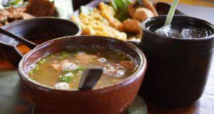 Soto Gerabah adalah salah satu tempat makan enak di Solo untuk buka puasa (Foto : soloraya.com)