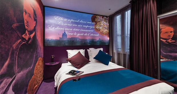 Hotel-Montmartre-mon-amour 10 Tempat Wisata Di Paris Yang Sangat Romantis