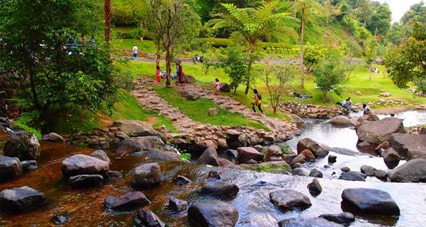 25 Tempat Wisata Alam Di Bogor Dan Sekitarnya Yang Hits