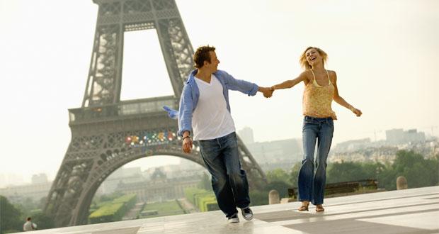 10 Tempat Wisata Di Paris Yang Sangat Romantis