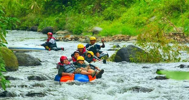 Wisata Tubing Sungai Amprong, Wringinanom