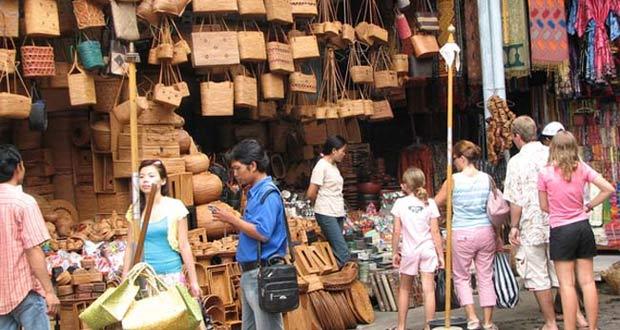Belanja Di Pasar Ubud