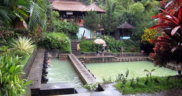 Pemandian Air Panas Banjar
