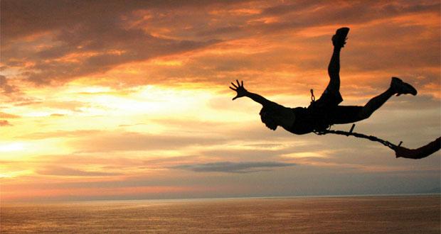 Bungee Jumping di Bali