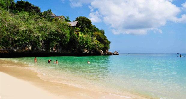 Pantai Virgin Karangasem Bali