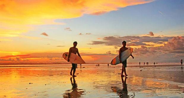 Sun-Set-Pantai-Kuta