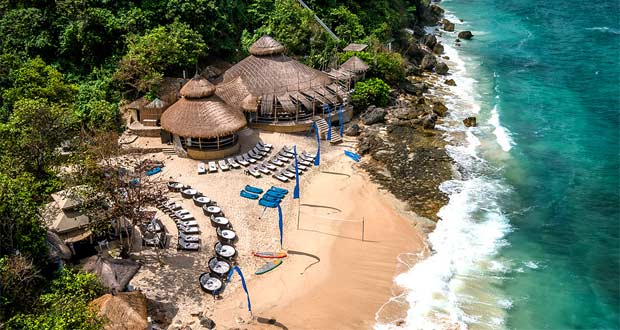 Pantai-Pasir-Putih-Bali