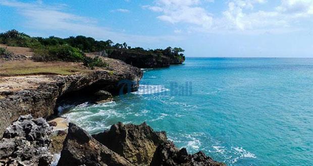 Pantai Honeymoon