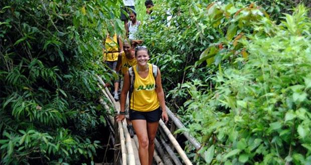 Trekking Desa Sambangan