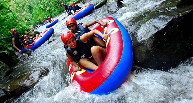 Water Tubing Di Payangan