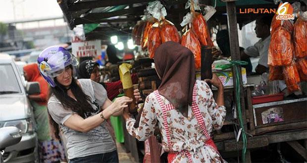 Jalan-Kramat-Raya,-Jakarta-Pusat