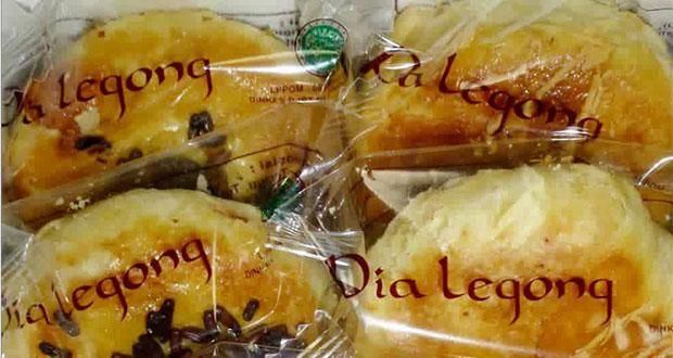 Pia Legong
