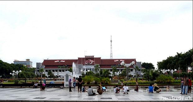 Taman-Balai-Kota
