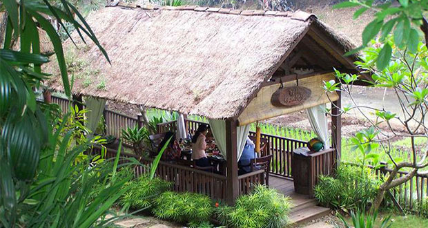 Taman-Indie-River-View-Resto-Malang