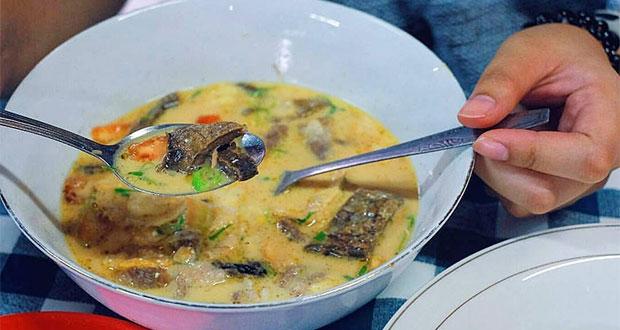 sop-sate-kambing-bang-hasan-kumis