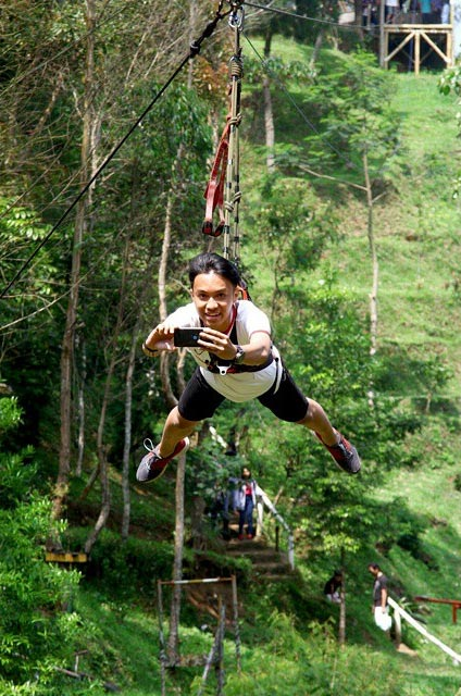 flying fox Ciwangun Indah Camp